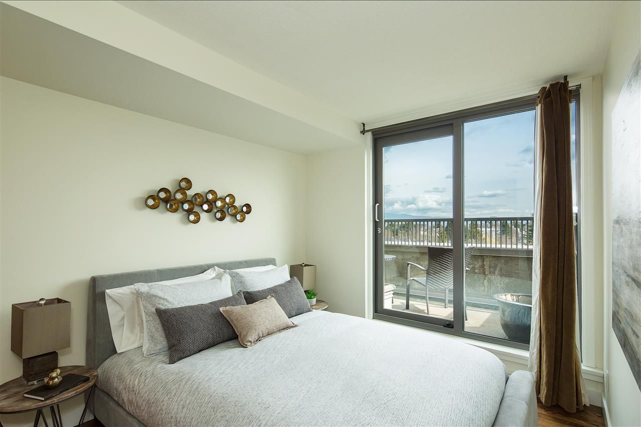"Photo 10: Photos: 702 2483 YEW Street in Vancouver: Kitsilano Condo for sale in ""NEW POINTE TERRACE"" (Vancouver West)  : MLS®# R2264721"