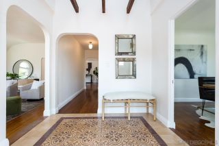 Photo 3: KENSINGTON House for sale : 3 bedrooms : 4890 Biona Dr in San Diego