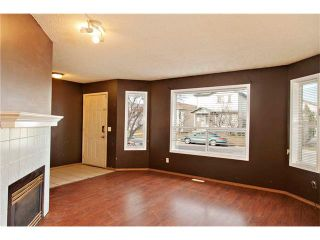 Photo 6: 87 APPLEBROOK Circle SE in Calgary: Applewood Park House for sale : MLS®# C4088770
