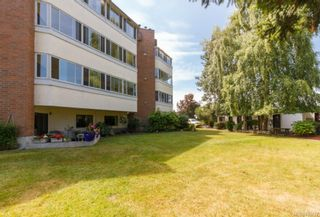 Photo 2: 305 9900 Fifth St in SIDNEY: Si Sidney North-East Condo for sale (Sidney)  : MLS®# 705727