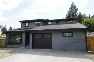 Photo 1: 1005 POLEWE Place in Squamish: Garibaldi Highlands House for sale : MLS®# R2094190