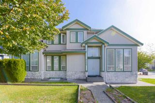 Photo 1: 9176 159 Street in Surrey: Fleetwood Tynehead House for sale : MLS®# R2518136