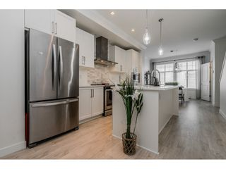 """Photo 4: 16 2550 156 Street in Surrey: King George Corridor Townhouse for sale in """"Paxton"""" (South Surrey White Rock)  : MLS®# R2385425"""
