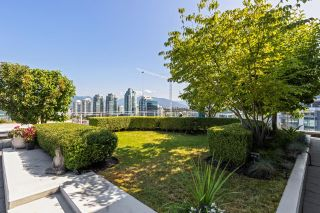 """Photo 3: 1201 1661 ONTARIO Street in Vancouver: False Creek Condo for sale in """"SAILS"""" (Vancouver West)  : MLS®# R2605622"""