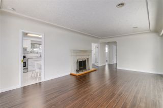 Photo 6: 1069 MONTROYAL Boulevard in North Vancouver: Canyon Heights NV House for sale : MLS®# R2563450