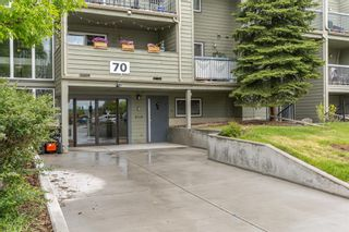 Photo 2: 2135 70 Glamis Drive SW in Calgary: Glamorgan Apartment for sale : MLS®# A1118872