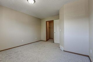Photo 25: 17 Eversyde Court SW in Calgary: Evergreen Row/Townhouse for sale : MLS®# A1120200
