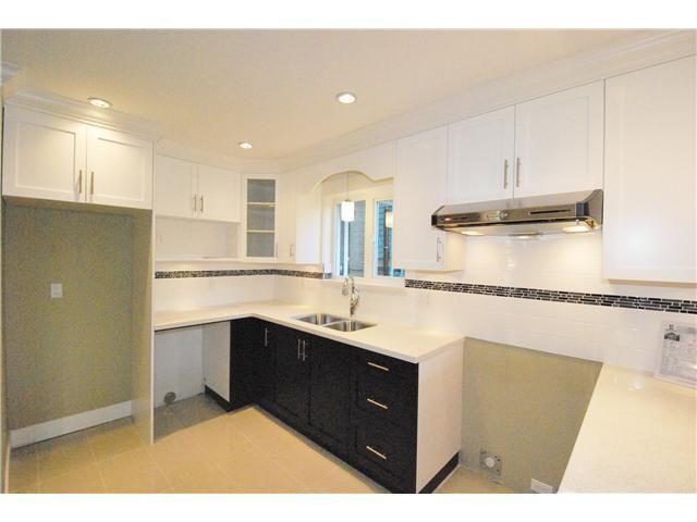 Photo 6: Photos: 755 E 11TH AV in Vancouver: Mount Pleasant VE 1/2 Duplex for sale (Vancouver East)  : MLS®# V1027526