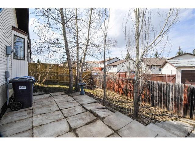 Photo 13: Photos: 24 CEDARGROVE Road SW in Calgary: Cedarbrae House for sale : MLS®# C4111523