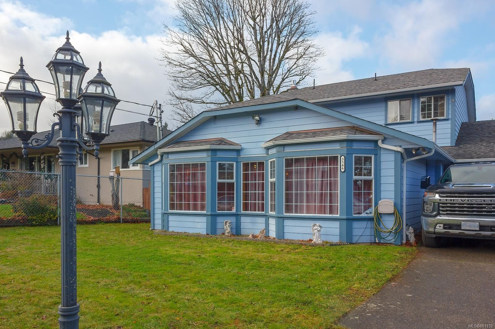 Main Photo: 3346 Wishart Rd in : Co Wishart North House for sale (Colwood)  : MLS®# 861132