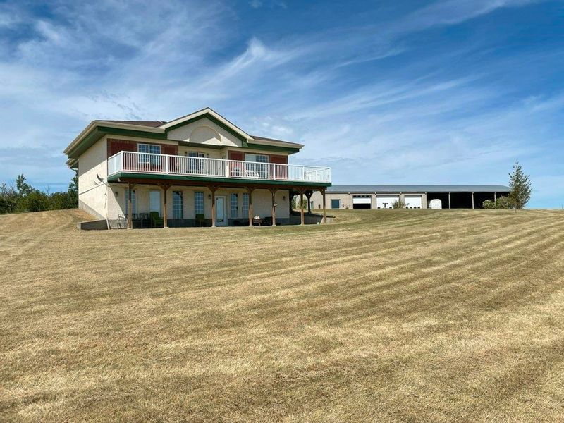 FEATURED LISTING: 55130 Rge. Rd. 265 Rural Sturgeon County
