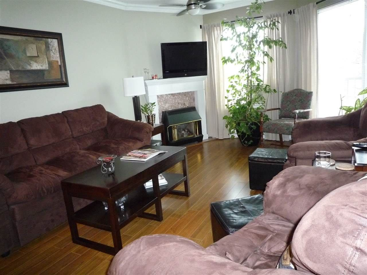 """Photo 4: Photos: 104 9400 COOK Street in Chilliwack: Chilliwack N Yale-Well Condo for sale in """"THE WELLINGTON"""" : MLS®# R2076679"""