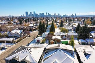 Photo 3: 805 23 Avenue NW in Calgary: Mount Pleasant Semi Detached for sale : MLS®# A1070023