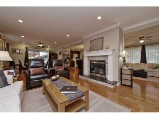 Photo 6: 2377 BEVAN Crescent in Abbotsford: Abbotsford West House for sale : MLS®# F1438355