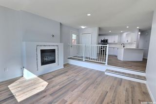 Photo 5: 1360 LaCroix Crescent in Prince Albert: Carlton Park Residential for sale : MLS®# SK868529