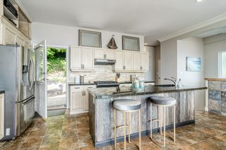 """Photo 3: 14616 WEST BEACH Avenue: White Rock House for sale in """"WHITE ROCK"""" (South Surrey White Rock)  : MLS®# R2408547"""