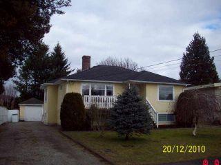 Photo 1: 45813 HENDERSON AV in Chilliwack: House for sale : MLS®# H1100168