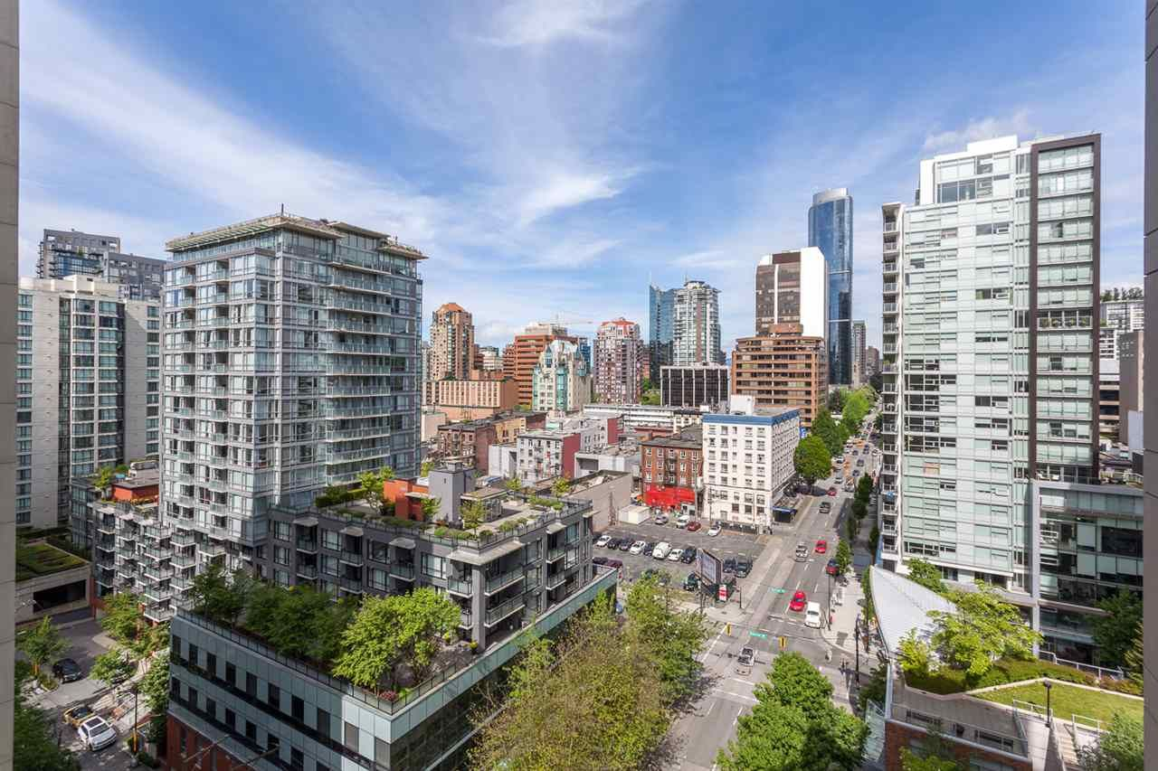 """Main Photo: 1501 989 RICHARDS Street in Vancouver: Downtown VW Condo for sale in """"MONDRIAN ONE"""" (Vancouver West)  : MLS®# R2171002"""