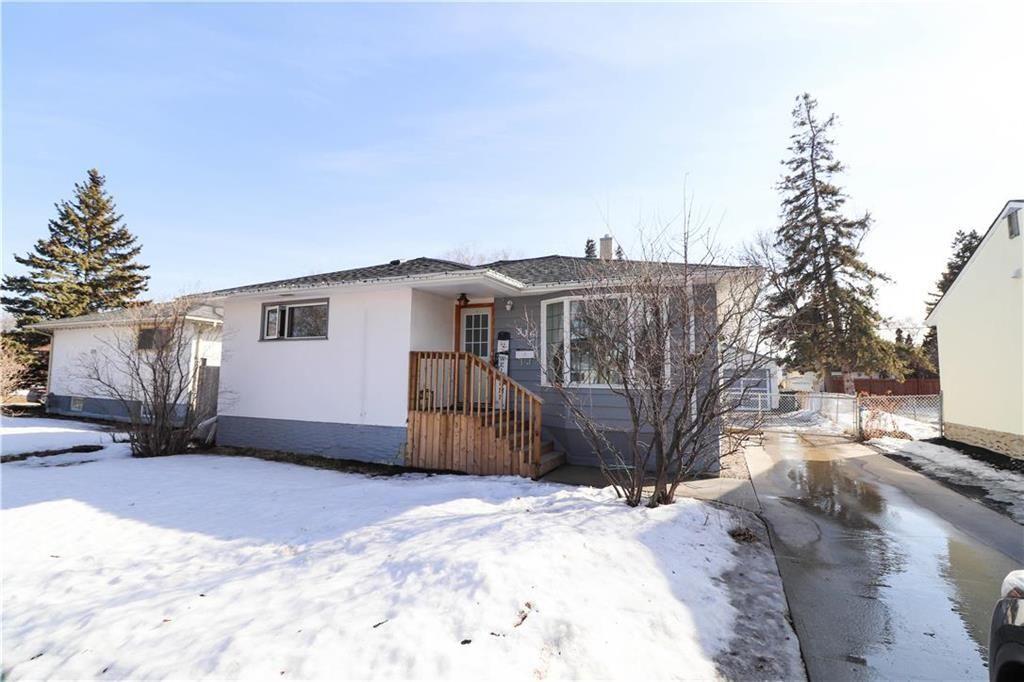 Main Photo: 516 Kildare Avenue West in Winnipeg: West Transcona Residential for sale (3L)  : MLS®# 202104849