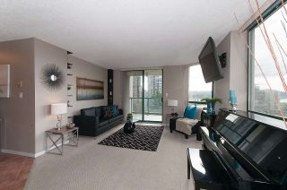 Photo 2: 403 121 TENTH STREET in New Westminster: Uptown NW Condo for sale : MLS®# R2112631