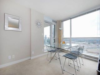 """Photo 5: 3006 2978 GLEN Drive in Coquitlam: North Coquitlam Condo for sale in """"GRAND CENTRAL ONE"""" : MLS®# R2139027"""