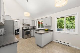 Photo 11: 3352 TENNYSON Crescent in North Vancouver: Lynn Valley House for sale : MLS®# R2623030