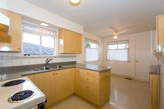 Photo 10: 3555 28TH Ave in Vancouver East: Home for sale : MLS®# V797964