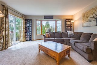 Photo 6: 641 Totem Cres in : CV Comox (Town of) House for sale (Comox Valley)  : MLS®# 863518