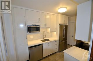 Photo 5: 180 HICKORY STREET in Ottawa: House for rent : MLS®# 1260730
