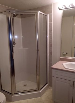 "Photo 11: 326 13880 70 Avenue in Surrey: East Newton Condo for sale in ""CHELSEA GARDENS"" : MLS®# R2101828"