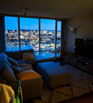 Photo 3: 2805 583 Beach Crescent in Vancouver: Yaletown Condo for rent (Vancouver West)