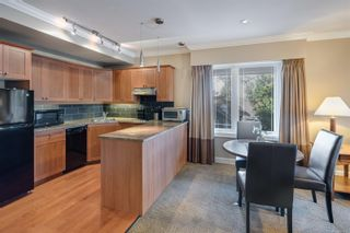 Photo 4: 201 2326 Harbour Rd in : Si Sidney North-East Condo for sale (Sidney)  : MLS®# 857298