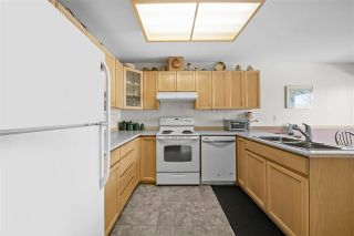 """Photo 10: 16 6320 48A Avenue in Delta: Holly Townhouse for sale in """"""""GARDEN ESTATES"""""""" (Ladner)  : MLS®# R2568766"""
