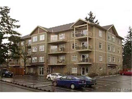 Main Photo:  in VICTORIA: La Langford Proper Condo for sale (Langford)  : MLS®# 419660