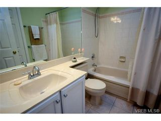 Photo 16: 42 901 Kentwood Lane in VICTORIA: SE Broadmead Row/Townhouse for sale (Saanich East)  : MLS®# 727195
