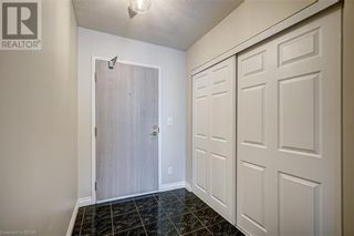 Photo 6: 150 DUNLOP Street E Unit# 703 in Barrie: House for sale