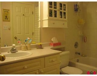"""Photo 6: # 202 8142 120A ST in Surrey: Queen Mary Park Surrey Condo  in """"STERLING COURT"""""""
