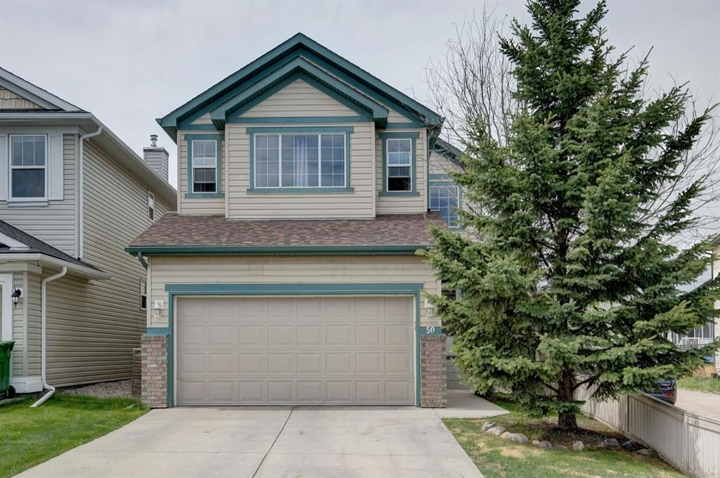 Main Photo: 50 Martha's Place NE in Calgary: Martindale Detached for sale : MLS®# A1119083