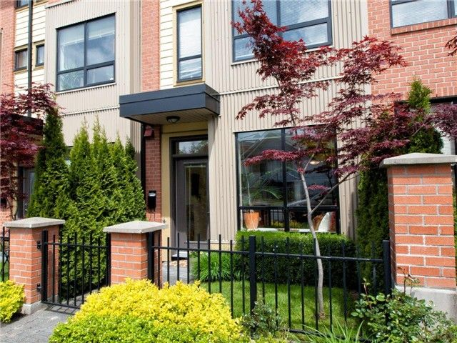 Main Photo: 1871 STAINSBURY Avenue in Vancouver: Victoria VE Townhouse for sale (Vancouver East)  : MLS®# V1046111