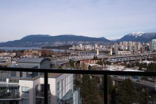 """Photo 5: 1403 1428 W 6TH Avenue in Vancouver: Fairview VW Condo for sale in """"SIENA OF PORTICO"""" (Vancouver West)  : MLS®# R2561112"""