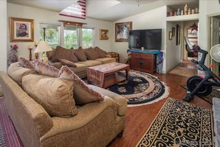 Photo 13: RAMONA House for sale : 3 bedrooms : 532 Pile St