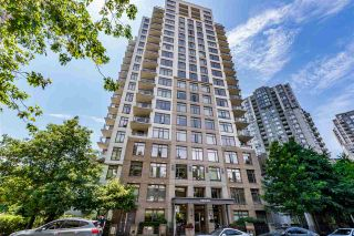 """Photo 1: 707 3660 VANNESS Avenue in Vancouver: Collingwood VE Condo for sale in """"CIRCA"""" (Vancouver East)  : MLS®# R2186790"""