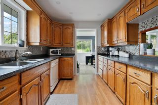 Photo 10: 7312 Veyaness Rd in Central Saanich: CS Saanichton House for sale : MLS®# 874692