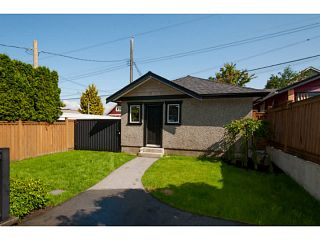 Photo 18: 3559 DUNDAS Street in Vancouver: Hastings East House for sale (Vancouver East)  : MLS®# V1067924