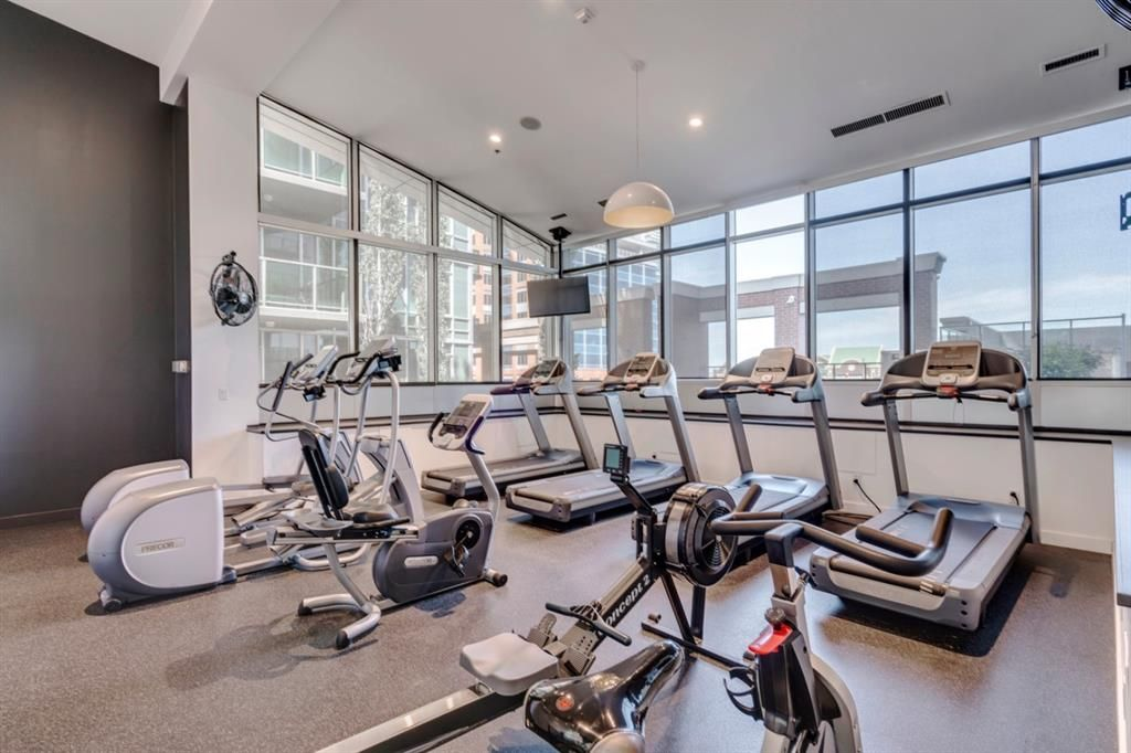 VETRO Building has an Upgraded and Reno'd Fitness Room.   Amenities are open with restrictions...but, they are OPEN!  Come check them out!  (Fitness Room, Hot Tub Room, Theatre Room (for movie nights), Roof terrace,  Party & Games ROOM...waiting for you!