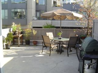 Photo 2: #214  638 West 7th Ave. in VANCOUVER: House for sale (Fairview VW)  : MLS®# V502436