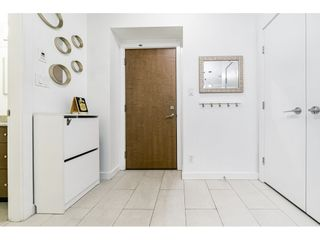 """Photo 4: 1707 280 ROSS Drive in New Westminster: Fraserview NW Condo for sale in """"THE CARLYLE"""" : MLS®# R2502203"""