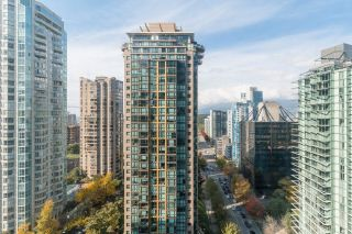 """Photo 11: 1902 1288 W GEORGIA Street in Vancouver: West End VW Condo for sale in """"RESIDENCES ON GEORGIA"""" (Vancouver West)  : MLS®# R2625011"""