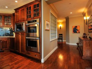 Photo 13: 324 3666 ROYAL VISTA Way in COURTENAY: CV Crown Isle Condo for sale (Comox Valley)  : MLS®# 784611