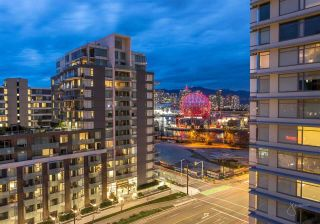 """Photo 5: 1111 111 E 1ST Avenue in Vancouver: Mount Pleasant VE Condo for sale in """"BLOCK 100"""" (Vancouver East)  : MLS®# R2565026"""